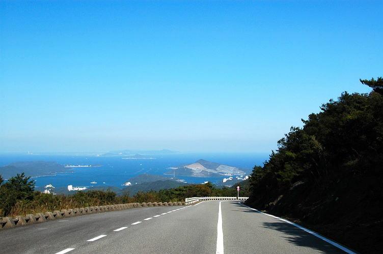 伊勢 志摩 スカイライン 三重県の伊勢志摩スカイライン山頂のさんぽ道と初の天空のポスト撮り...